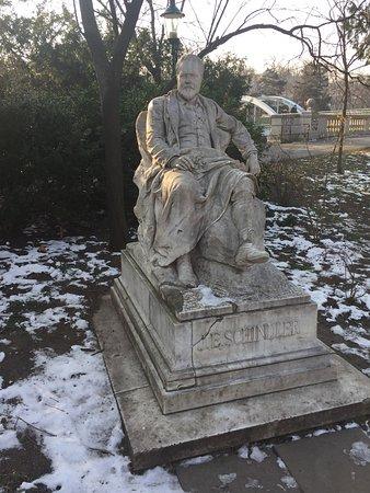 Denkmal Emil Jakob Schindler