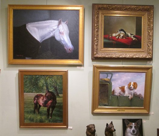 ‪Dog & Horse Fine Art & Portraiture and Sculpture Garden‬