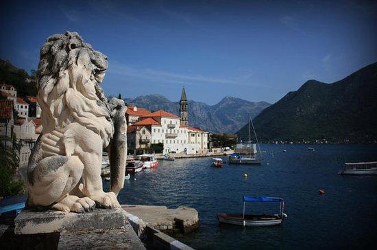 Gouddriehoek van Montenegro ...