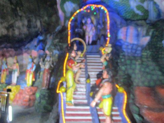 Cave Villa: Art