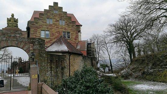 Das Historische Haus Liegt Auf Einem Hugel Mit Spektakularer