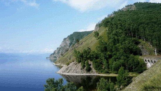 Baykalsk, Rosja: живописные берега Байкала