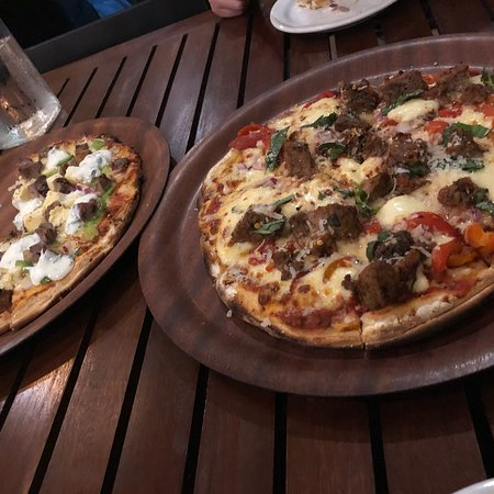Husky Wood Fired Pizza: photo0.jpg