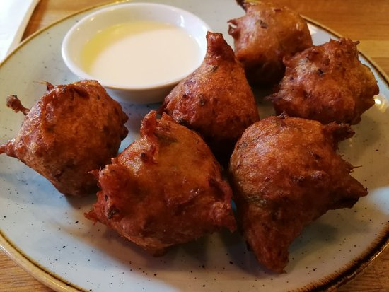 Fish wings and tings london restaurant reviews for Wings and fish