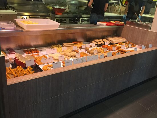 Wevelgem, Belgium: vitrine com as Fritures