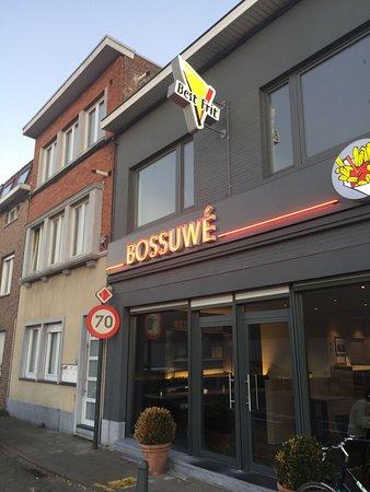 Wevelgem, Belgium: fachada do restaurante