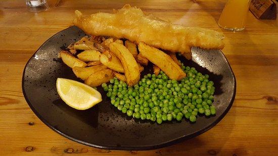 Brithdir, UK: Haddock and Chips with Garden Peas