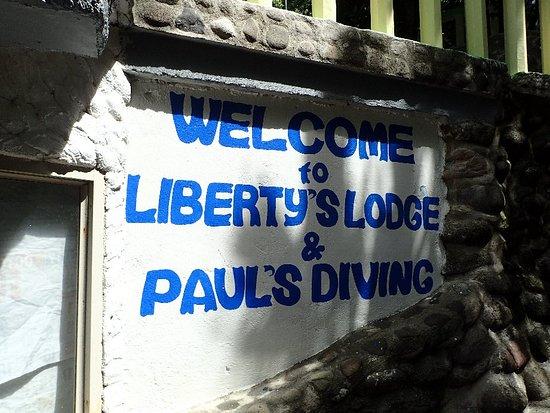 Liberty's Community Lodge : P3030399_large.jpg