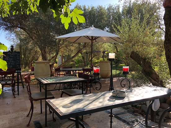 Aghmat, Morocco: Breakfast Riad style