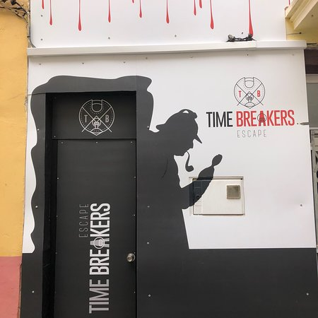 ‪Time Breakers Escape‬