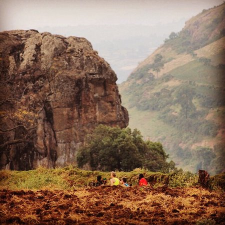 Uganda Runners Experience - in Teryet - 12km. from Home of Friends Guesthouse