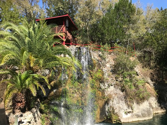 Cedar Lakes Woods And Gardens: View of the Waterfall