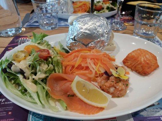Le Biot, France: L assiette Nordique. Excellent