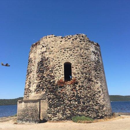 Marceddì, Italien: Torre costiera di Marceddi