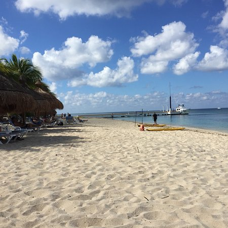 Nachi Cocom Beach Club & Water Sport Center: photo2.jpg