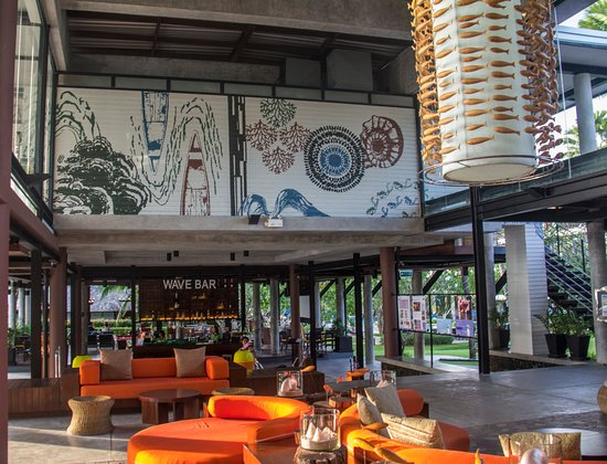 Holiday Inn Resort Krabi Ao Nang Beach: Vista do lobby do Hotel