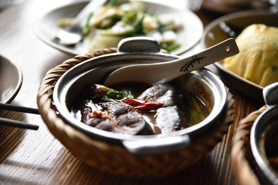 Cau Go Vietnamese Cuisine Restaurant: Lunch