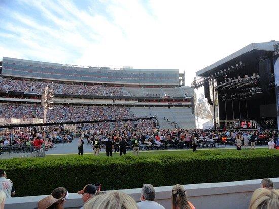 Atenas, GA: Jason Aldean concert at the Georgia Bulldogs Stadium