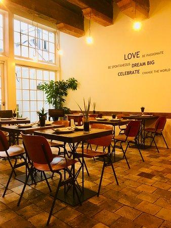Mauro Mansion: Breakfast room