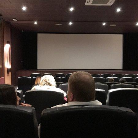 Luxe Cinema: photo3.jpg