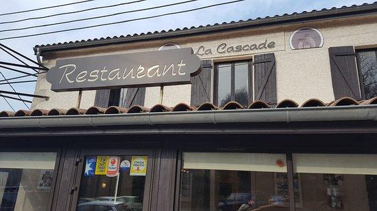 La Valla-en-Gier, ฝรั่งเศส: La devanture de la Cascade
