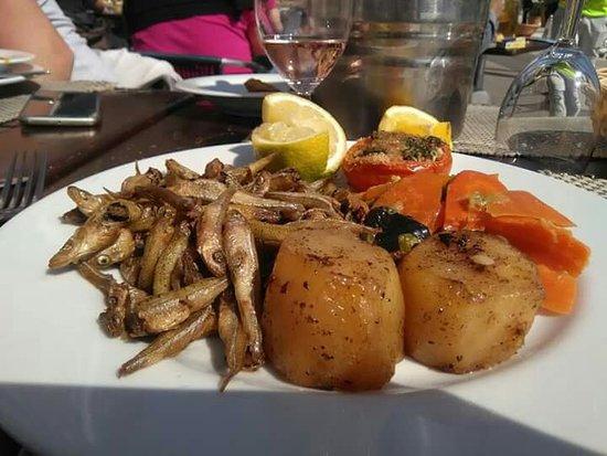 Bon Restaurant Poisson Cassis