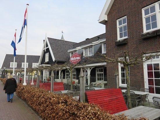 Restaurant Dickens Huizen : Hollands eethuys dickens picture of dickens hollands eethuys