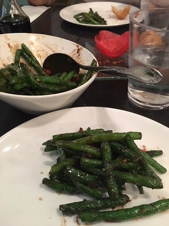 Lunasia Dim Sum House: The green beans - they don't look like much but are so tasty