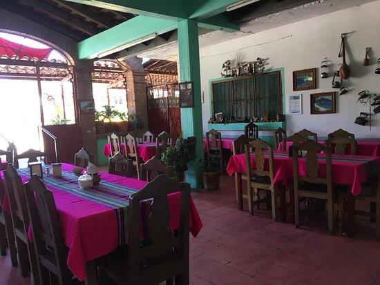 El Tuito, México: Nuevo Restaurant Nena interior