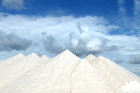 mountains of salt - Picture of Salinas d'Es Trenc, Campos - Tripadvisor