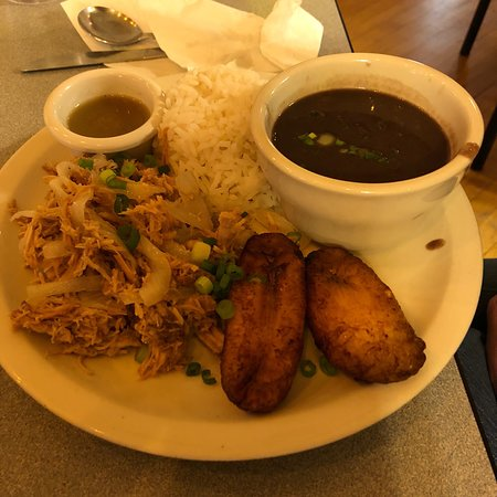 Fulton, MO: Great Cuban food!