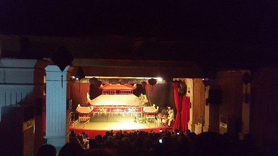 Water puppet show at Thao Dien Village : 20180121_063924_large.jpg