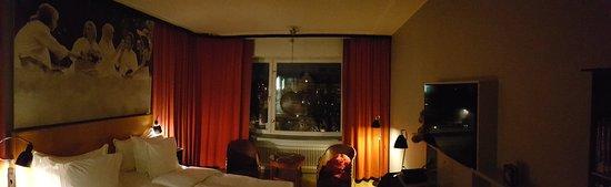 Hotel Rival: 20180223_185443_large.jpg