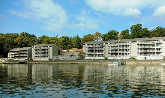 lakewood resort condominium reviews lake of the ozarks. Black Bedroom Furniture Sets. Home Design Ideas