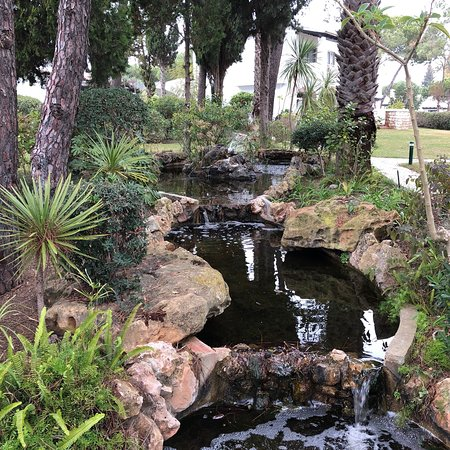 Four Seasons Country Club : photo0.jpg