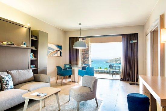 Daios Cove Luxury Resort & Villas: Generous view of the Cretan Sea