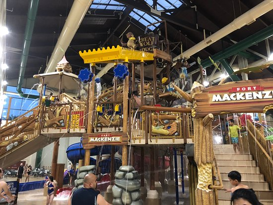 Indoor Water Park Picture Of Great Wolf Lodge Southern California