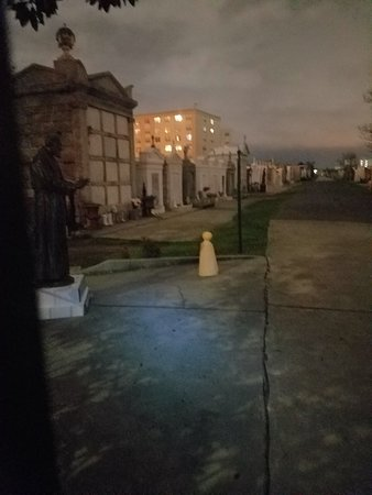 Haunted History Tours of New Orleans: 20180227_192208_large.jpg