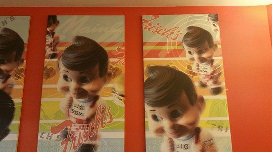 Bellevue, KY: Frisch's Big Boy Restaurant
