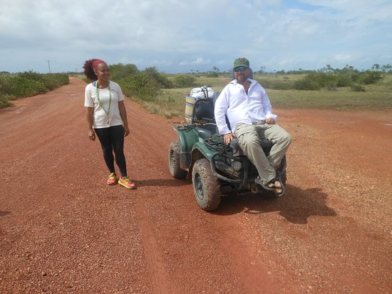 Puerto Cabezas, Nikaragua: Cody and his assistant Jasna on the road to Tuapi