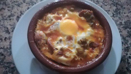 El Bosque, Spanje: Huevo a la flamenca