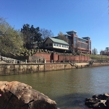 Columbus Riverwalk : Boa opção para um dia ensolarado!
