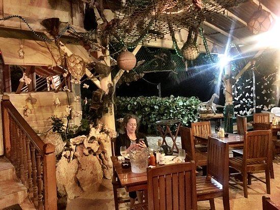 Crab Hill, Antigua: Lovely dinner at OJ's