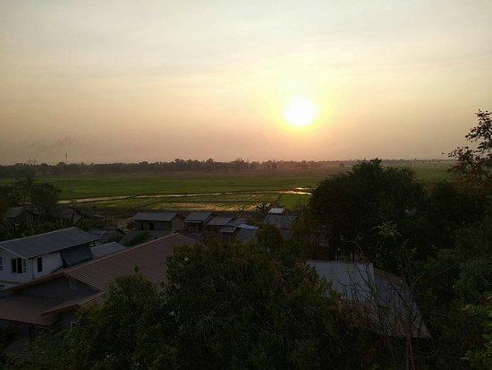 Taungoo, Birma: received_10159935974115461_large.jpg