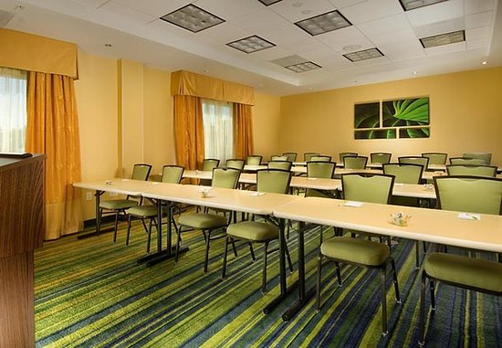 Fairfield Inn & Suites Baltimore BWI Airport : Meeting room