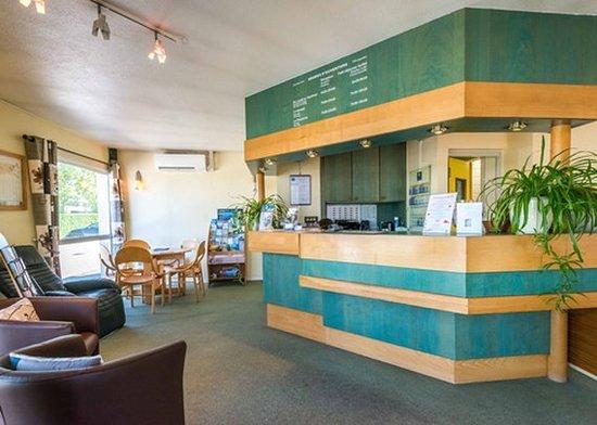 Comfort Hotel Annemasse Geneve: Lobby