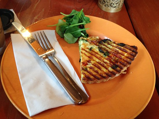 Buffalo Mountain Lodge: some breakfast quiche from the cafe