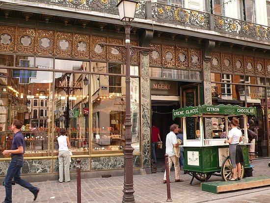 Meert Restaurant: 800px-Lille_Meert1_large.jpg