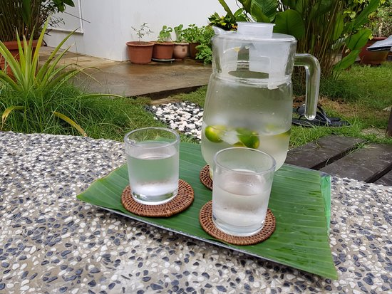Lahad Datu, Malásia: fresh lime water they provide.