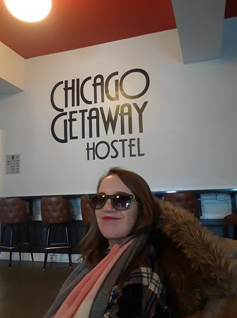 Chicago Getaway Hostel: Waiting before leaving in the lobby